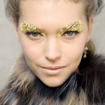 2012 Fashion Weeks Beauty Looks. Make up Trend – Glitter On The Face