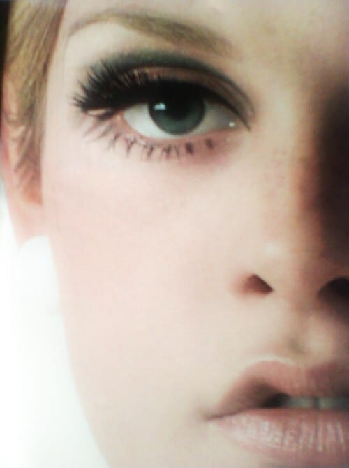 false-lashes-retro-eyes-makeup