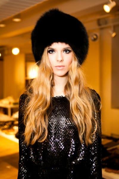 fur-hat-glamorous-look