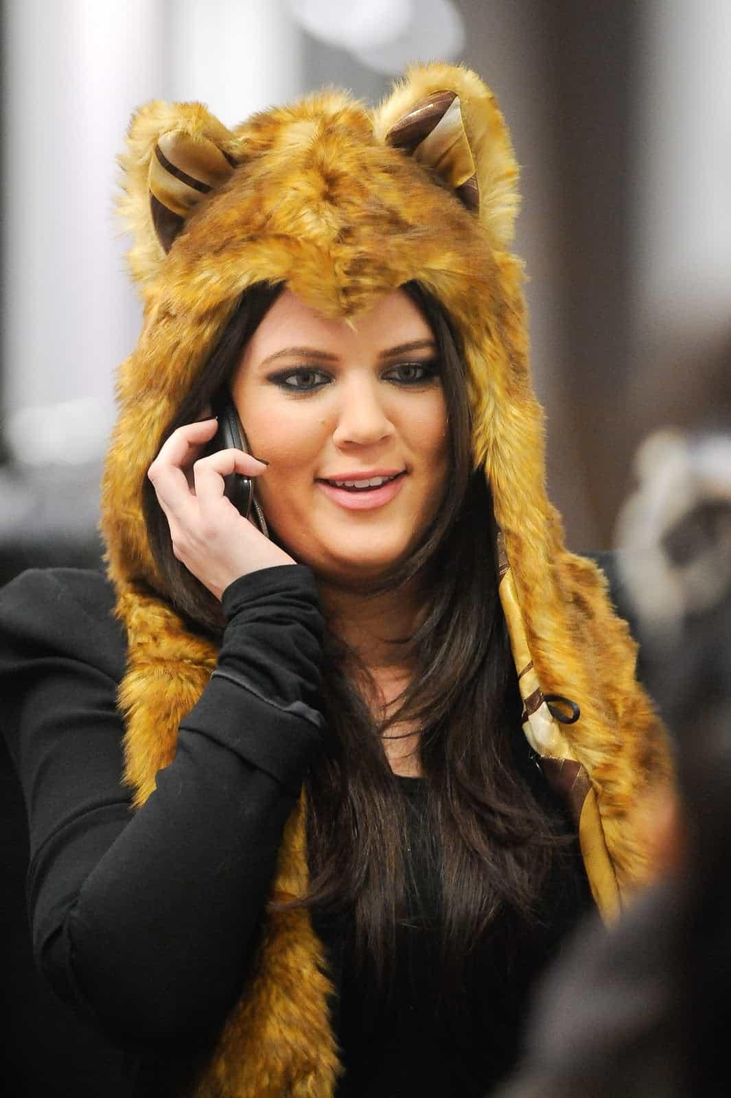 khloe-kardashian-fur-hat