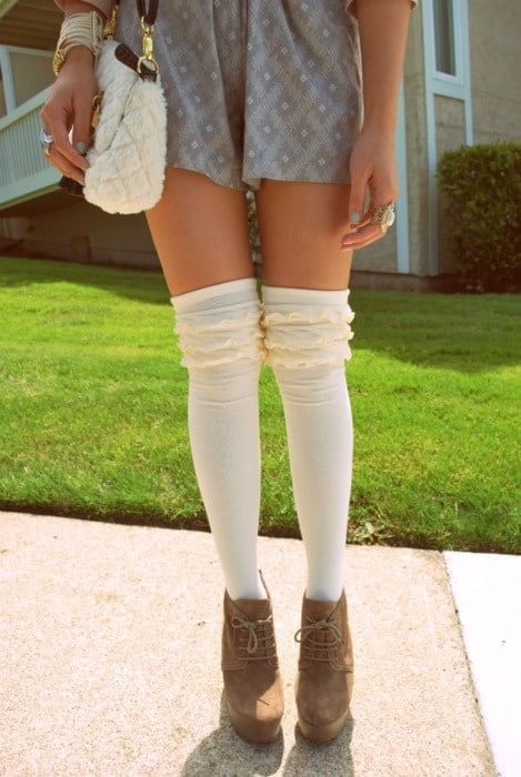 knitted-long-socks-style