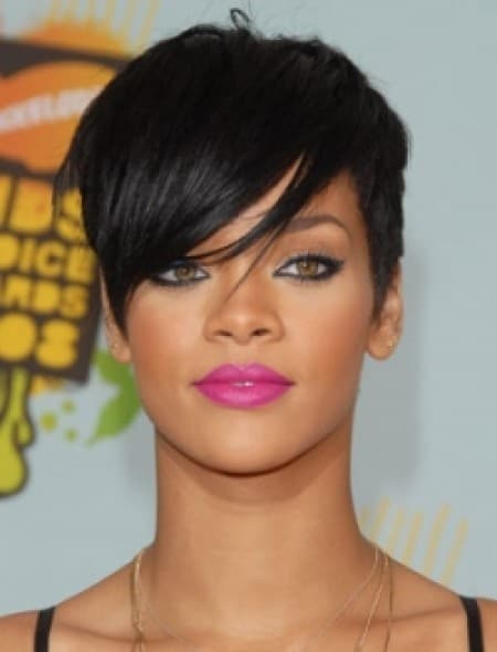 rihanna-short-hairstyle