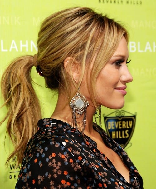 sexy-messy-ponytail-look