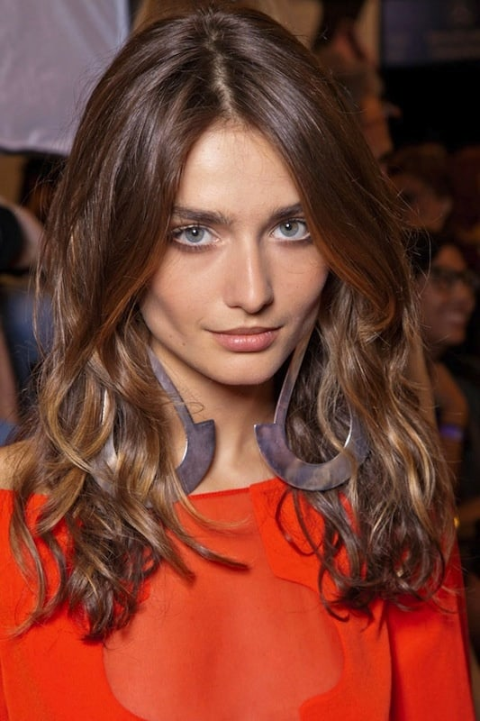 wavy-hairstyle-look