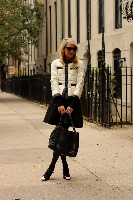 classic-work-outfit-skirt-blazer