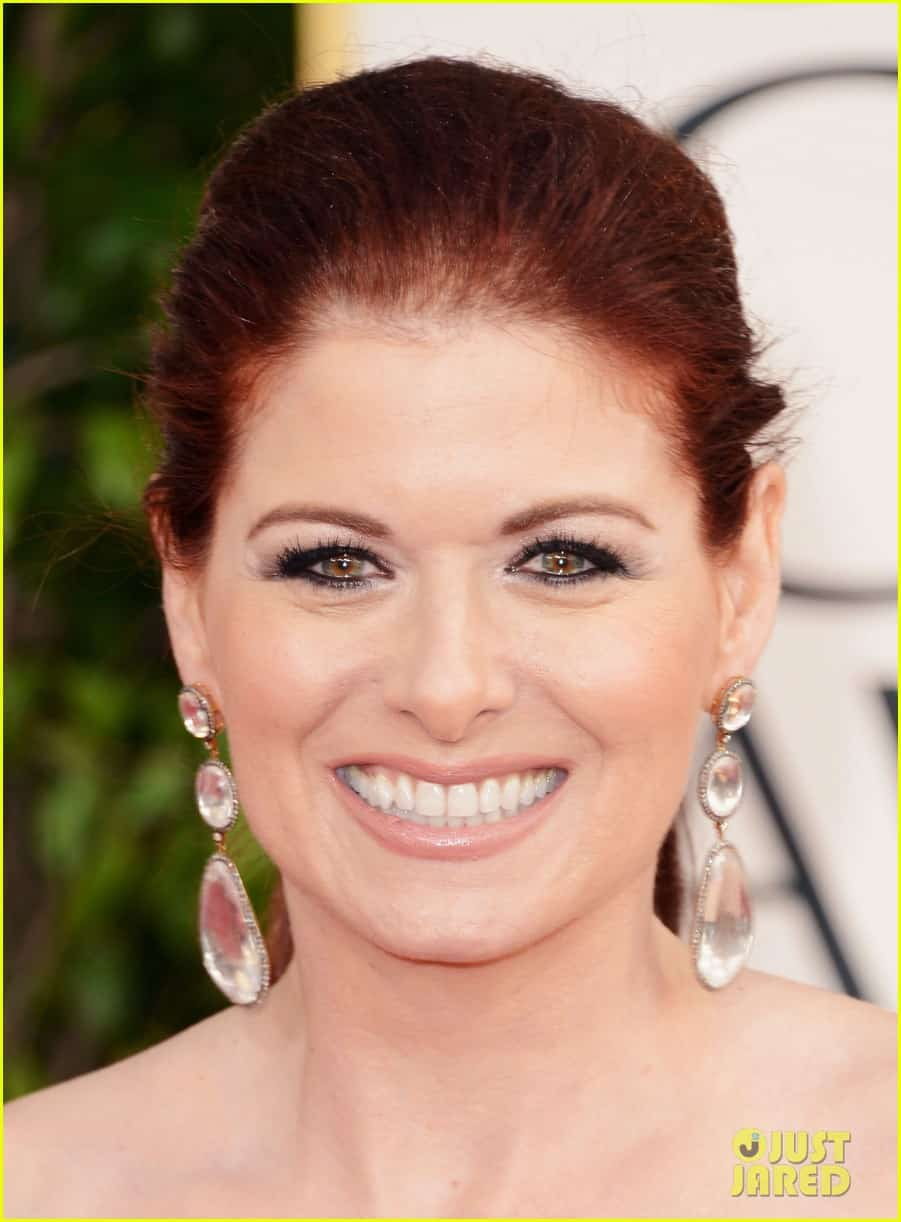 debra-messing-golden-globes-2013-makeup-hair