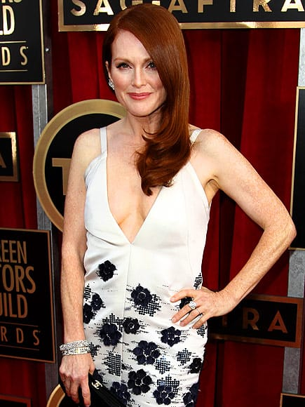 julianne-moore-beauty-sag-2013