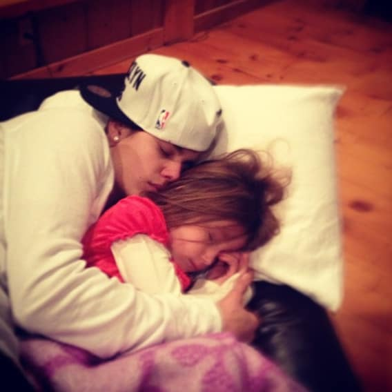 justin bieber and sister christmas 2012 How Did Celebrities Spend Their 2013 NYE & Winter Holidays?
