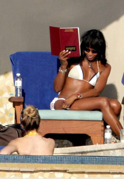 naomi campbell christmas 2012 How Did Celebrities Spend Their 2013 NYE & Winter Holidays?