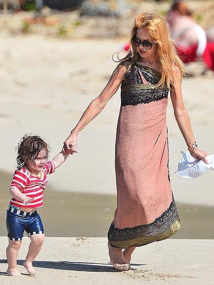 rachel zoe 2013 nye beach How Did Celebrities Spend Their 2013 NYE & Winter Holidays?