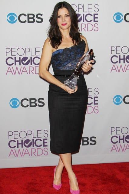 Sandra Bullock at People's Choice Awards 2013, photo via Vogue