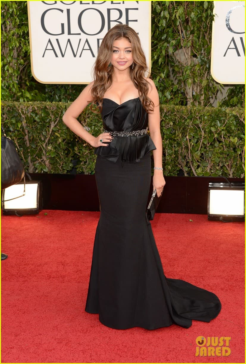 sarah-hyland-golden-globes-2013-red-carpet-dress