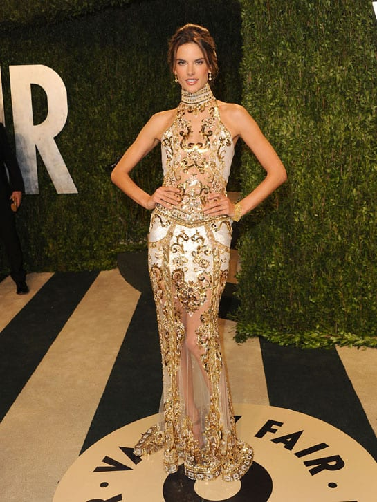 alessandra ambrosio en zuhair murad oscars 2013 afterparty How Celebrities Partied After The Oscars? Sneak Peak Into The Vanity Fair After party...