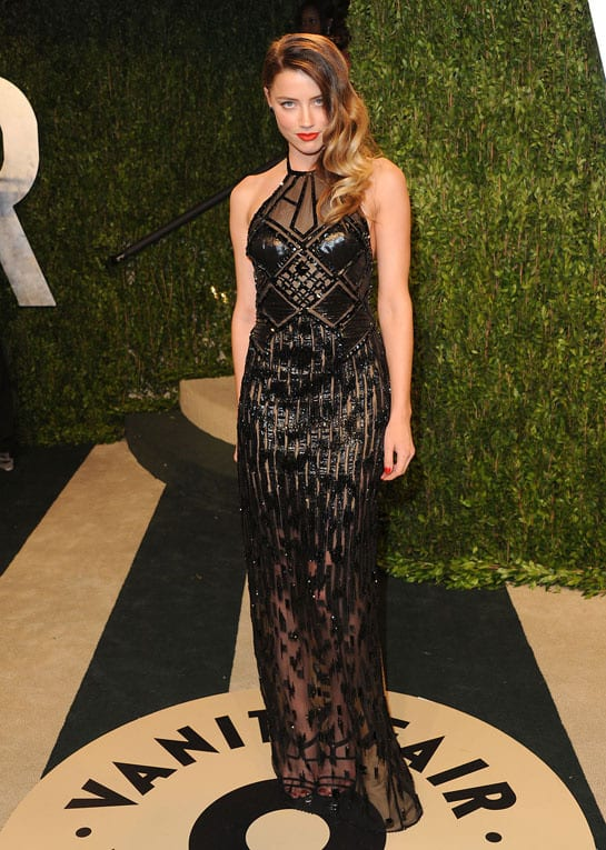 amber_heard_en_atelier_versace-oscars-2013-afterparty