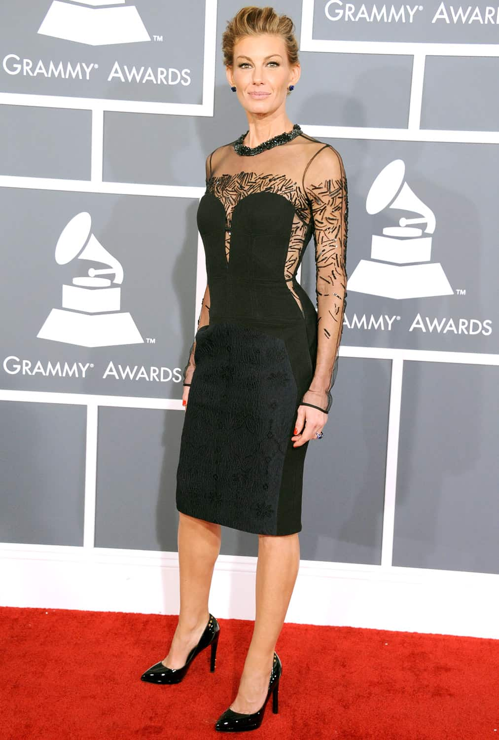 faith hill grammy 2013 red carpet the fashion tag blog. Black Bedroom Furniture Sets. Home Design Ideas