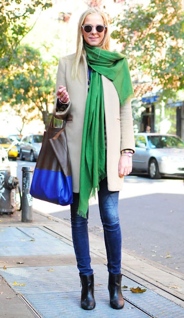 green-scarf-style