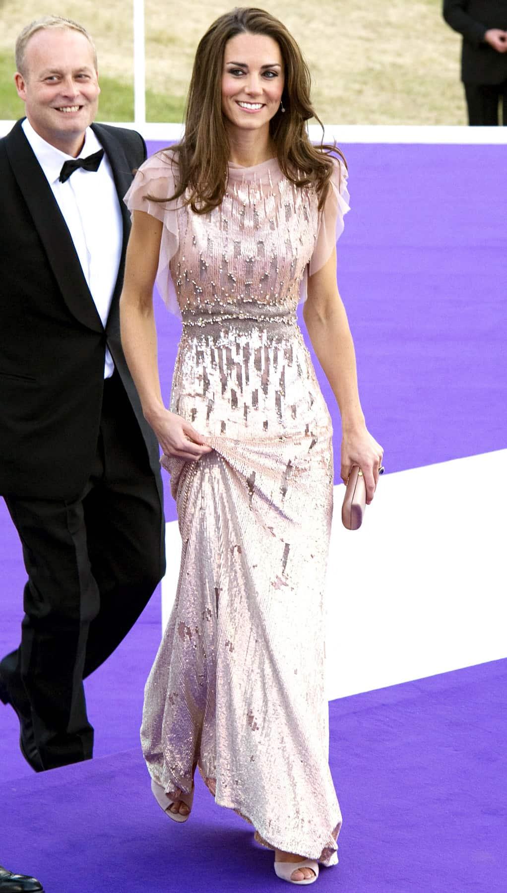 Kate Middleton White Dress Sparkles The Fashion Tag Blog