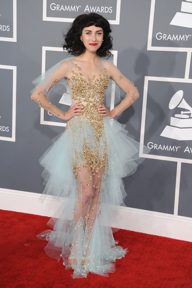 kimbra-grammy-2013-red-carpet