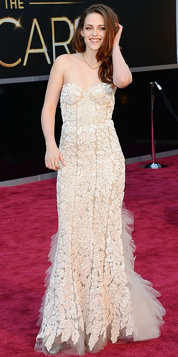 kristen stewart oscars 2013 red carpet the fashion tag blog. Black Bedroom Furniture Sets. Home Design Ideas