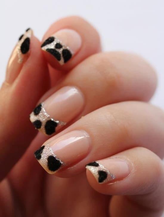 two-toned-nail-fashion