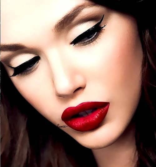 valentine's-day-red-lips-beauty