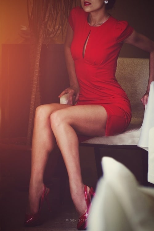valetine;s-day-red-dress