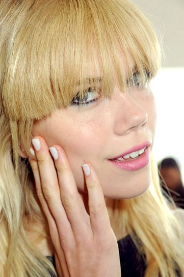 white-nails-trend-2013-spring