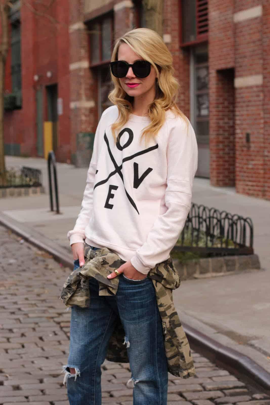 basic-woman-sweatshirt-style