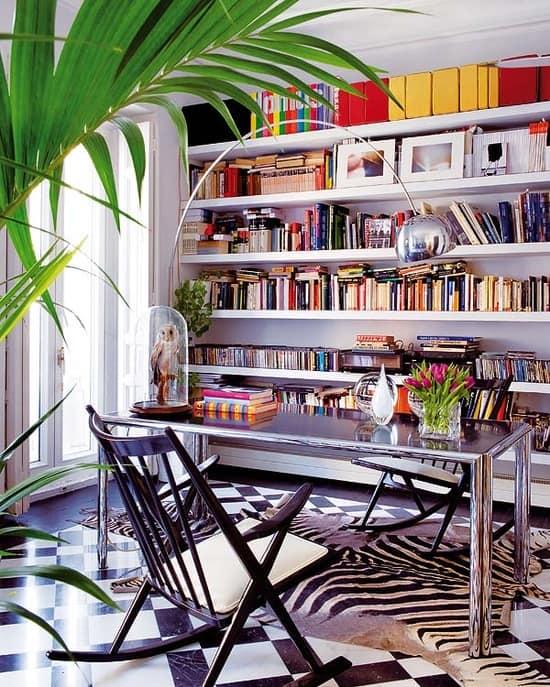 blogger-writer-home-office
