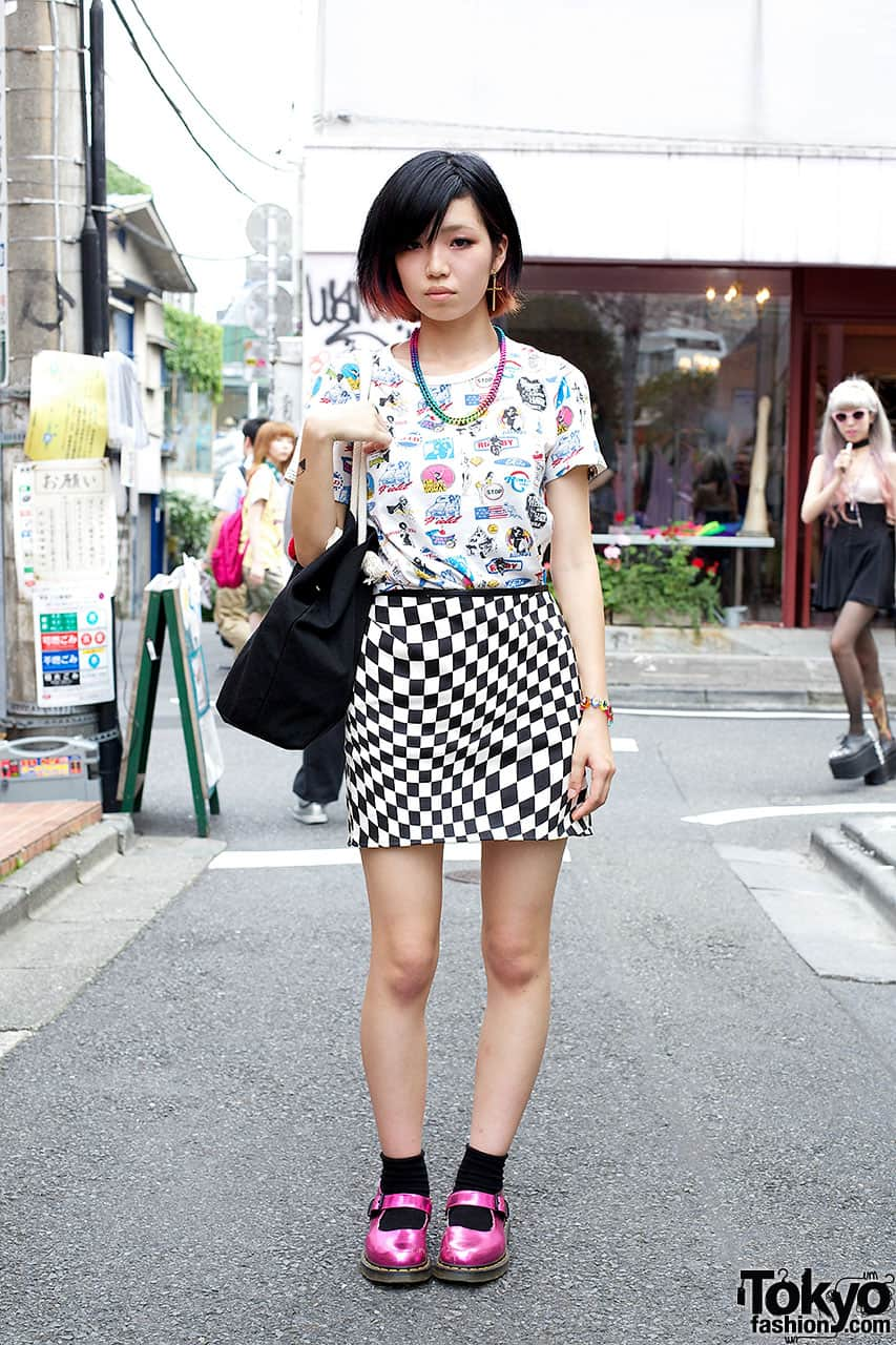 checkboard print skirt street style Will The Checkered Obsession Take Over This Spring? YES Or NO To The Checkerboard Print Trend?