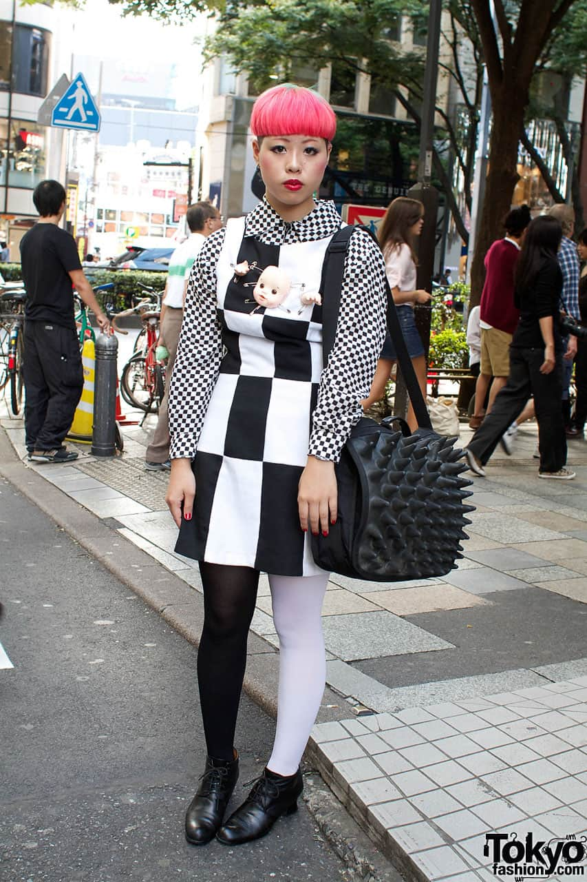 checkerboard print street style Will The Checkered Obsession Take Over This Spring? YES Or NO To The Checkerboard Print Trend?