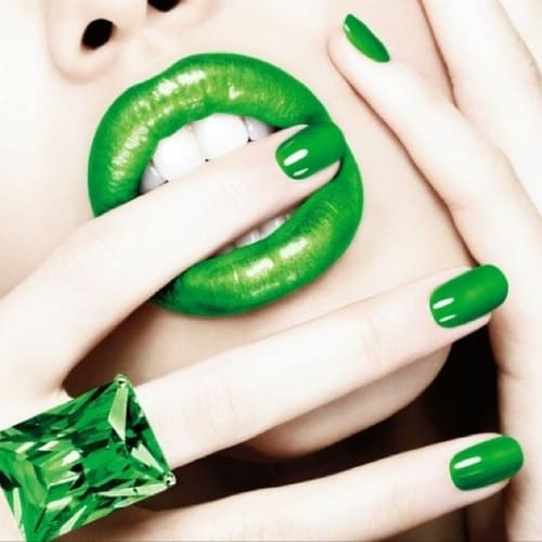 green-makeup-st-patrick