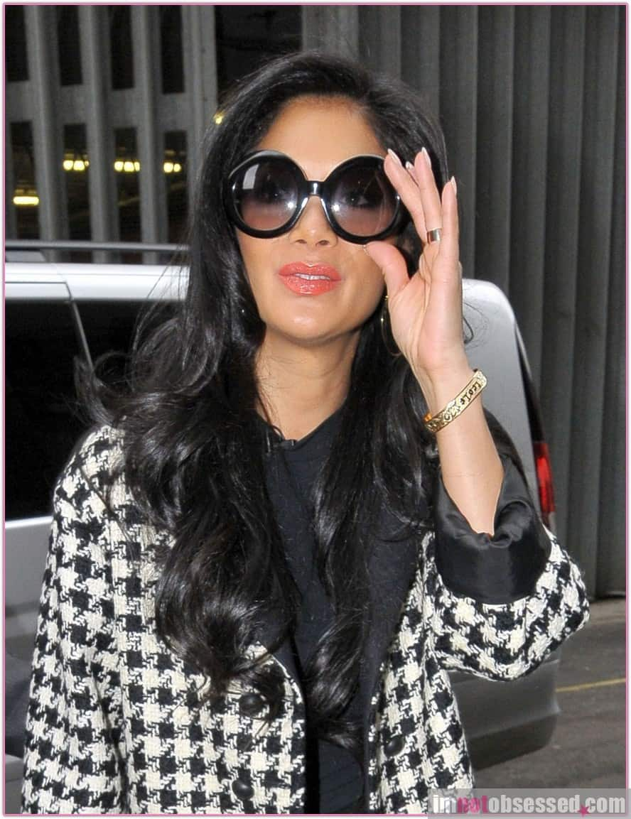 nicole scherzinger check print coat Will The Checkered Obsession Take Over This Spring? YES Or NO To The Checkerboard Print Trend?