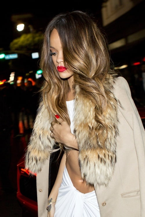 red-lips-rihanna-party-look