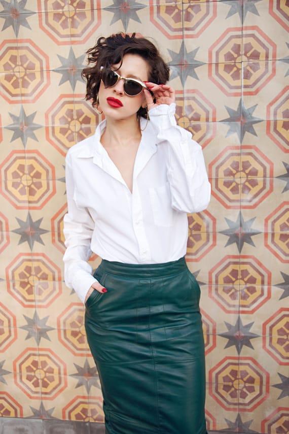red-lips-white-shirt