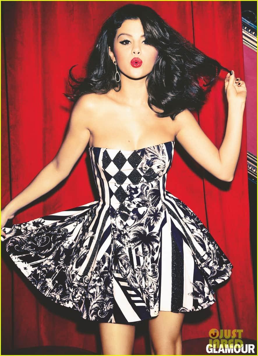 selena-gomez-check-print-dress