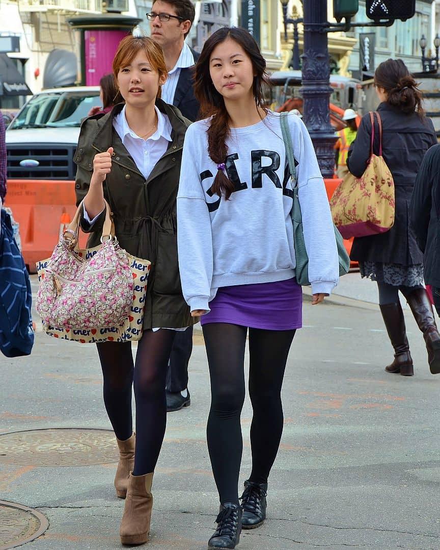 sweatshirt-girl