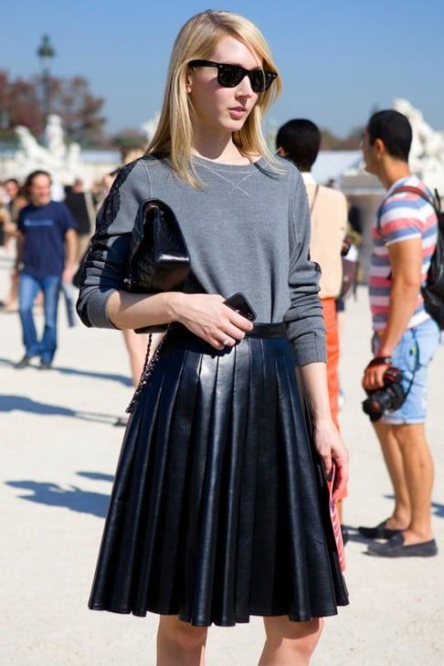 sweatshirt-pleated-skirt