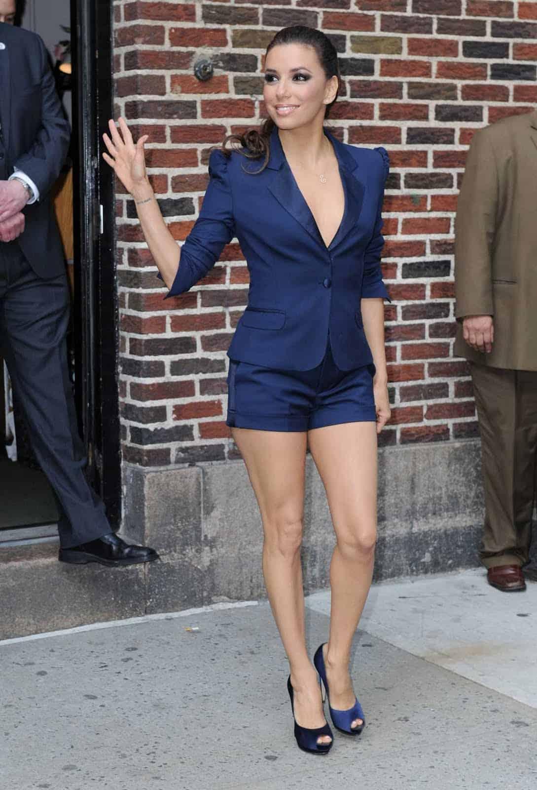 Eva-Longoria-shorts-suit