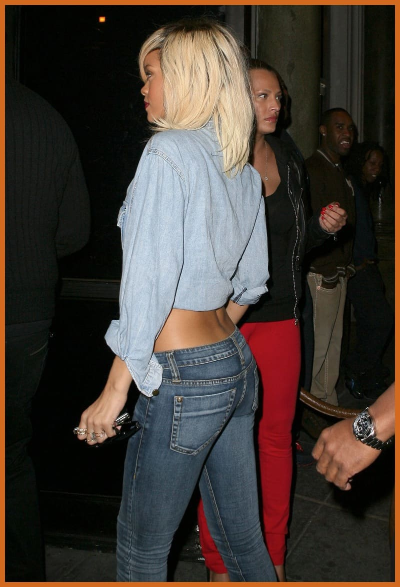 rihanna-all-denim