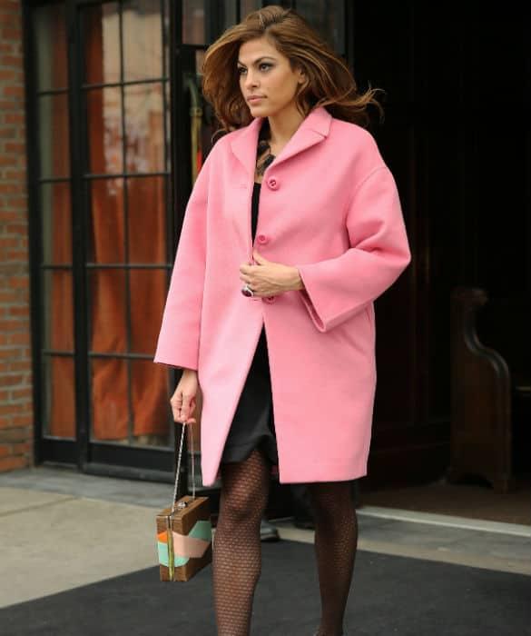 eva-mendes-pink-coat