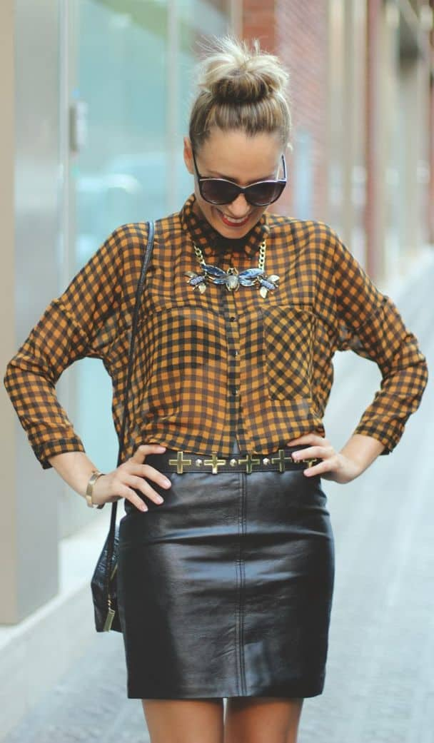 leather-skirt-blouse-look