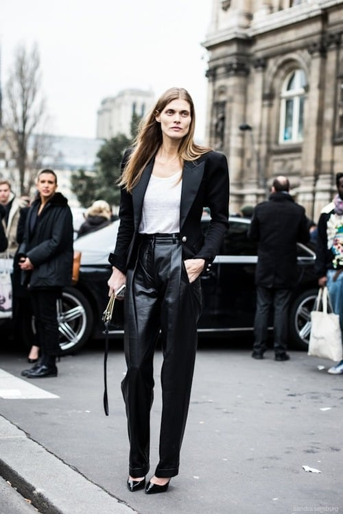 https://thefashiontag.com/wp-content/uploads/2013/10/oversized-leather-pants-trend.jpg