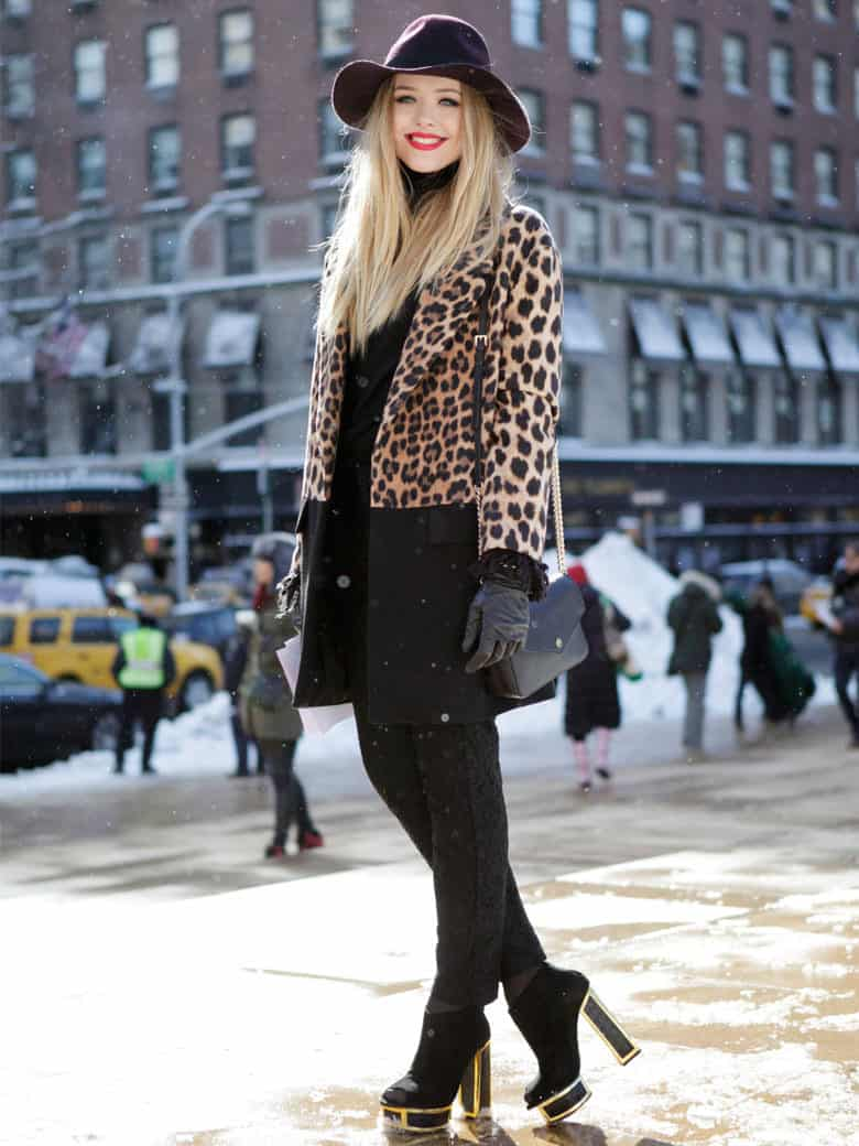 street-style-animal-print-coat