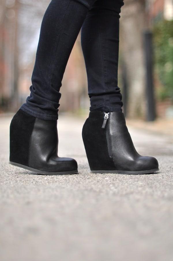 street-style-black-wedges