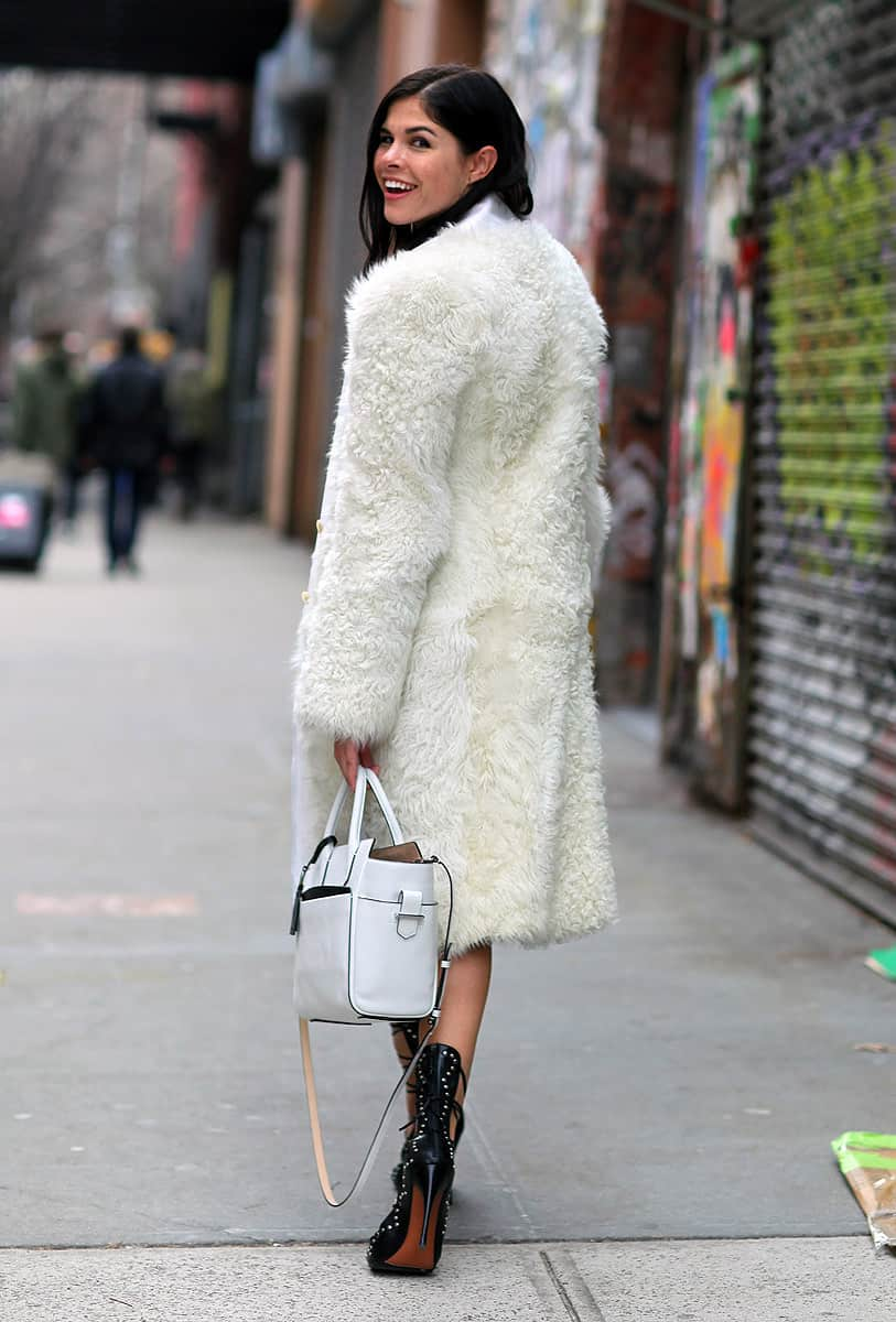 wearing-white-winter-street-style