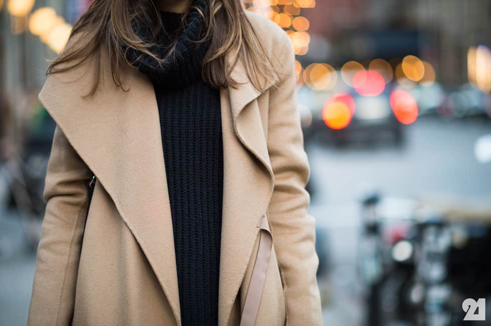 camel-coat-street-style-11
