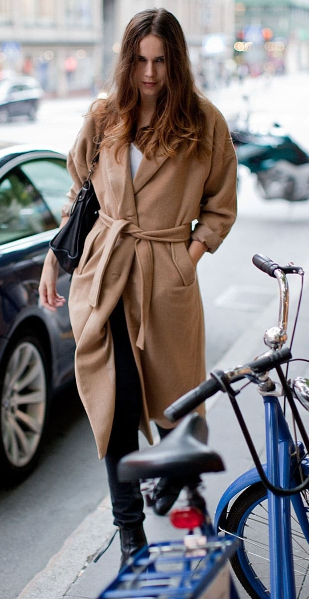 camel-coat-street-style-3