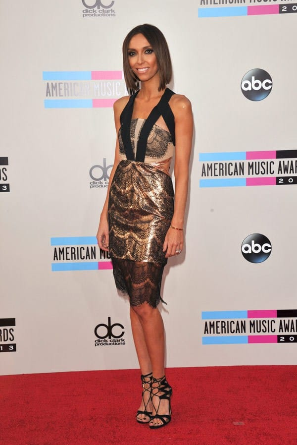 giuliana-rancic-american-music-awards-2013-red-carpet