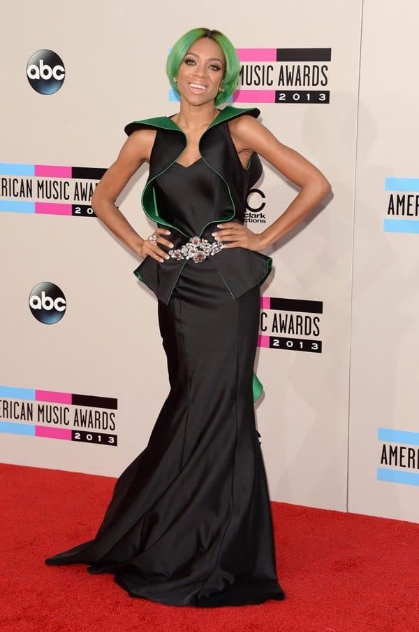 lil-mama-american-music-awards-2013-red-carpet